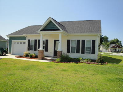 Swansboro Rental For Rent: 206 Low Country Lane