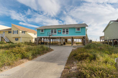 Emerald Isle Single Family Home For Sale: 2405 Ocean Drive
