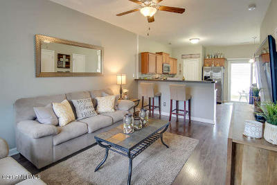Sneads Ferry Condo/Townhouse For Sale: 612 Ebb Tide Lane