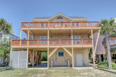 Topsail Beach Single Family Home For Sale: 206 S Anderson Boulevard