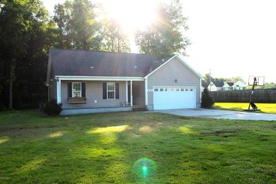 Richlands Single Family Home For Sale: 402 Old Stage Road