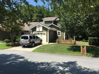 Morehead City Condo/Townhouse For Sale: 1306 Cedarwood