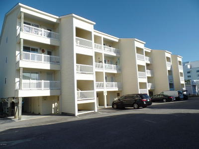Carolina Beach, Kure Beach Condo/Townhouse For Sale: 1004 S Carolina Beach Avenue S #B-1