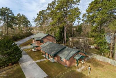 Morehead City Single Family Home For Sale: 3402 Mandy Lane