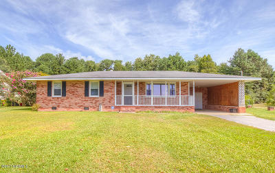Sneads Ferry Single Family Home For Sale: 221 Charles Creek Road