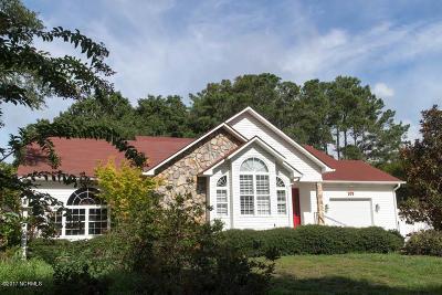 Oak Island Single Family Home For Sale: 109 SE 15th Street