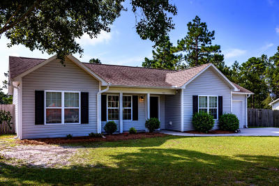 Holly Ridge Single Family Home For Sale: 302 S Green Street
