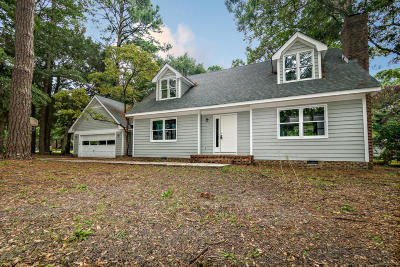 Northwoods Single Family Home For Sale: 807 Oak Drive