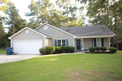 Jacksonville Single Family Home For Sale: 164 Live Oak Drive