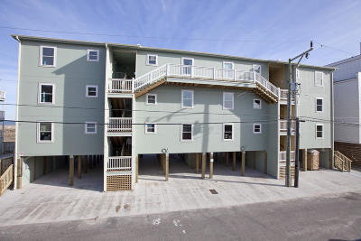 Carolina Beach, Kure Beach Condo/Townhouse For Sale: 409 Carolina Beach Avenue S #2e