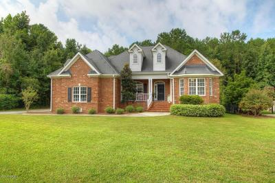 Wilmington Single Family Home For Sale: 444 Marsh Oaks Drive