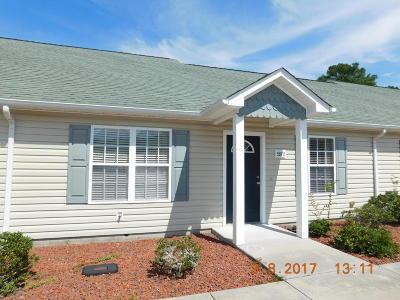 Swansboro Condo/Townhouse For Sale: 550 Peletier Loop Road #10