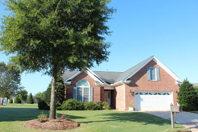 Winterville Single Family Home For Sale: 304 Mary Lee Court