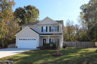 Onslow County Single Family Home For Sale: 209 Rudolph Lane