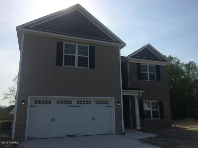 Jacksonville Single Family Home For Sale: 516 Turpentine Trail