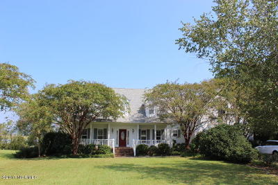 Swansboro Single Family Home For Sale: 242 River Reach Drive