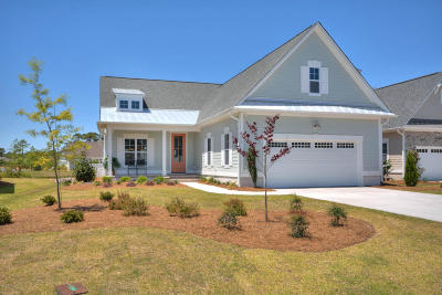 Southport Single Family Home For Sale: 4275 Dunwoody Circle