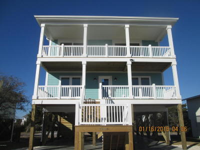 Oak Island Single Family Home For Sale: 3606 W Beach Drive