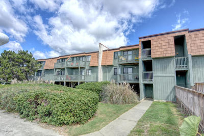Ocean Isle Beach Condo/Townhouse For Sale: 275 W First Street #1j