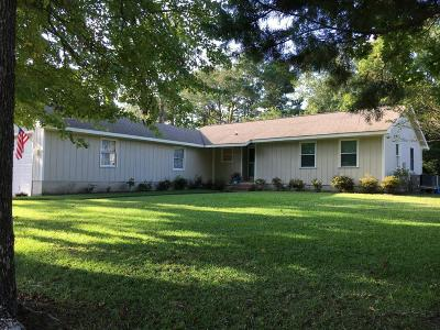 Morehead City Single Family Home For Sale: 3302 Old Gate Road
