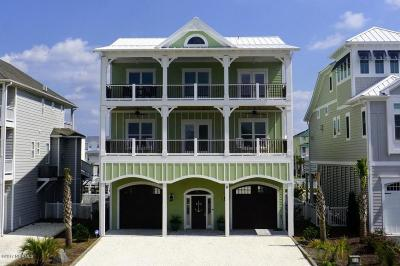 Ocean Isle Beach Single Family Home For Sale: 8 Moore Street
