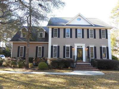 Morehead City Single Family Home For Sale: 203 Coventry Road