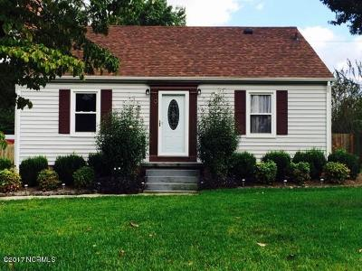 richlands Single Family Home For Sale: 107 Elizabeth Street