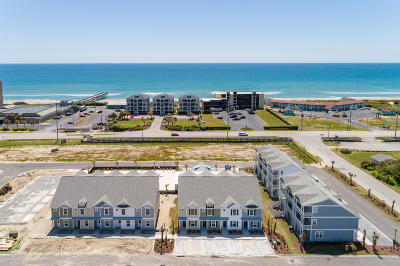 Atlantic Beach Condo/Townhouse For Sale: 2800 W Fort Macon Road #39