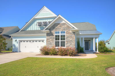 Southport Single Family Home For Sale: 3008 Beachcomber Drive