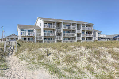 Carolina Beach, Kure Beach Condo/Townhouse For Sale: 705 Carolina Beach Avenue S #D2