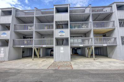 Carolina Beach, Kure Beach Condo/Townhouse For Sale: 408 Carolina Beach Avenue S #A7