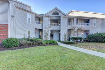 Wilmington Condo/Townhouse For Sale: 4109 Breezewood Drive #201