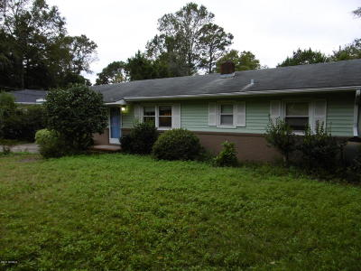 Wilmington Single Family Home For Sale: 307 Pine Hills Drive