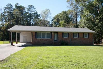 Onslow County Single Family Home For Sale: 3751 Richlands Highway