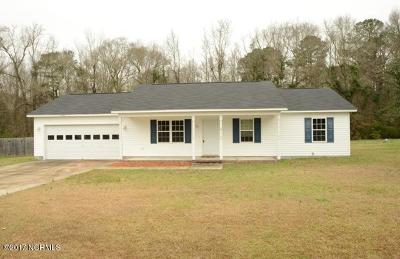 Onslow County Single Family Home For Sale: 118 Pear Tree Lane