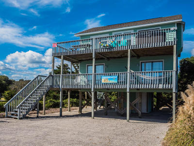 Topsail Beach Single Family Home For Sale: 610 N Anderson Boulevard