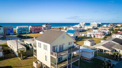 Atlantic Beach Single Family Home For Sale: 408 Dobbs Street