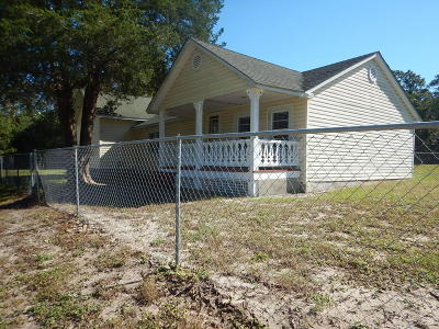 Supply Single Family Home For Sale: 1746 Holden Beach Road SW