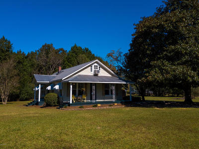 Winnabow Single Family Home For Sale: 2094 Old Mill Creek Road SE