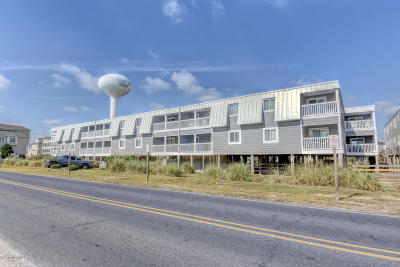Ocean Isle Beach Condo/Townhouse For Sale: 264 W First Street #F1