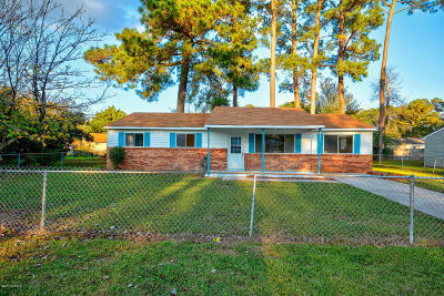 Onslow County Single Family Home For Sale: 503 Dale Court