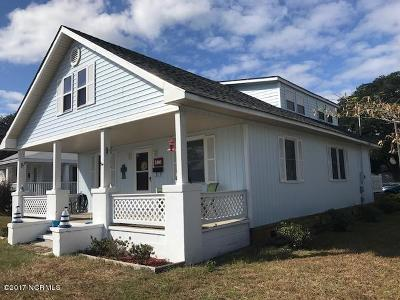 Morehead City Single Family Home For Sale: 2400 Fisher Street