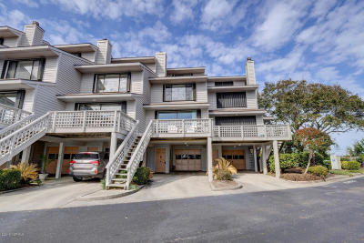 Wrightsville Beach Condo/Townhouse For Sale: 8 Lookout Harbor #8