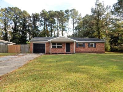 Jacksonville Single Family Home For Sale: 309 Ramsey Drive