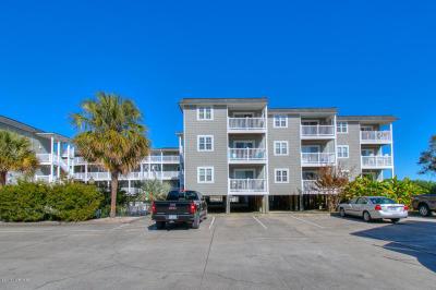 Oak Island Condo/Townhouse For Sale: 5400 E Yacht Drive #C9