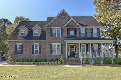 Jacksonville Single Family Home For Sale: 104 Whitby Court