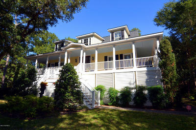 Southport Single Family Home For Sale: 5983 Dutchman Creek Road