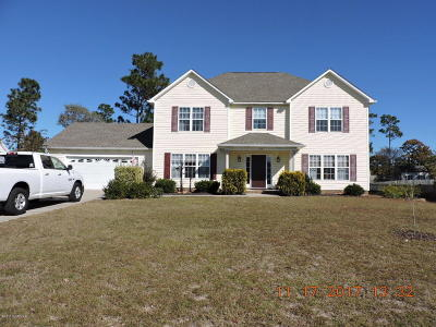 Cape Carteret Single Family Home For Sale: 104 Tifton Circle
