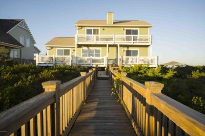 Oak Island Single Family Home For Sale: 623 Caswell Beach Road