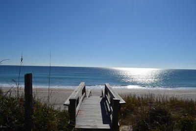 Surf City Single Family Home For Sale: 1803 S Shore Drive